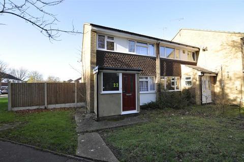 3 bedroom end of terrace house for sale - Kestrel Walk, Chelmsford
