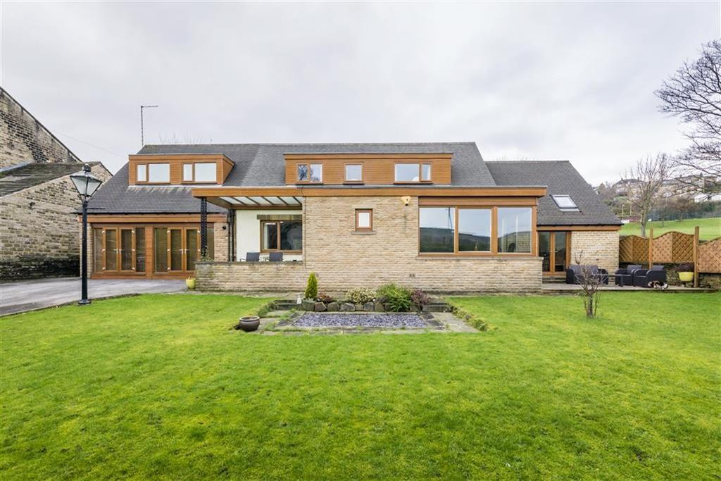 5 Bedrooms Detached House for sale in Burnlee Road, Holmfirth, West Yorkshire, HD9