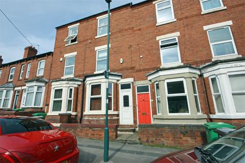3 bedroom terraced house to rent - Burford Road, Nottingham, Nottinghamshire, NG7