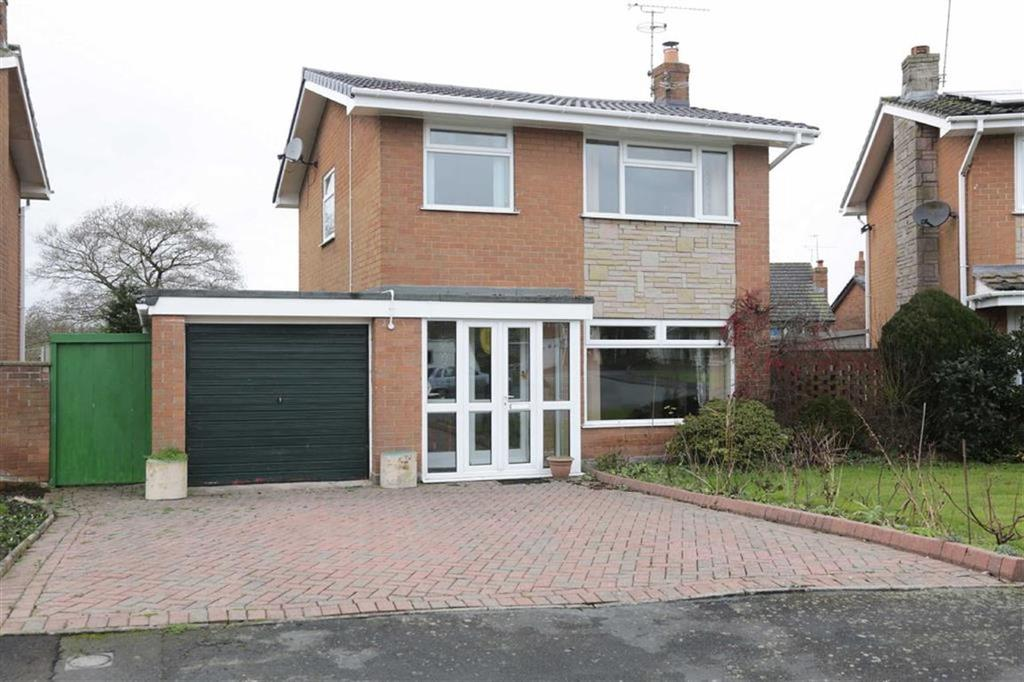 3 Bedrooms Detached House for sale in Hellath Wen, Nantwich, Cheshire