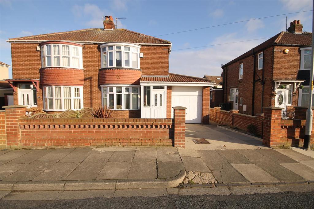 3 Bedrooms Semi Detached House for sale in Ventnor Avenue, Brooke Estate, Hartlepool