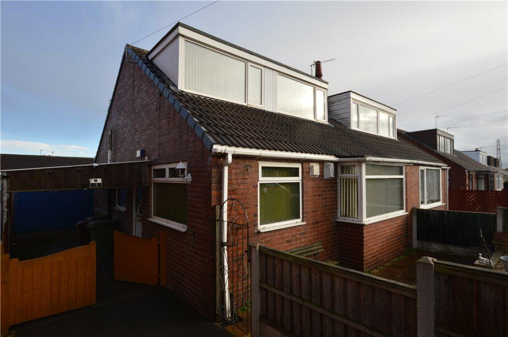 3 Bedrooms Semi Detached Bungalow for sale in South Parade, Ossett, West Yorkshire