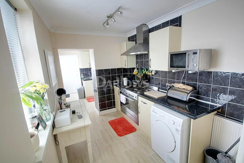 3 Bedrooms Terraced House for sale in Augustus Street, Ynysybwl