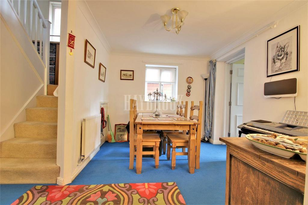 3 Bedrooms Detached House for sale in Dunford Court, Wath upon Dearne