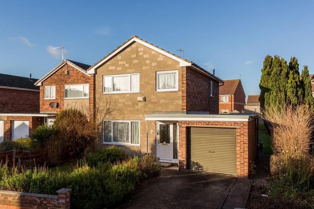 3 Bedrooms Detached House for sale in Almond Tree Avenue, Carlton, Goole