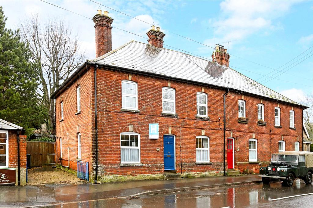 3 Bedrooms End Of Terrace House for sale in Andover Road, Upavon, Pewsey, Wiltshire