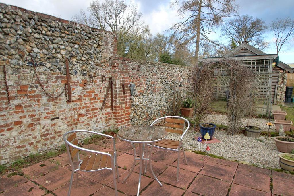 2 Bedrooms Bungalow for sale in Nacton Lane, Great Barton