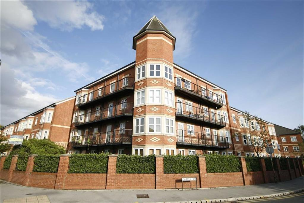 3 Bedrooms Apartment Flat for sale in Sefton Road, Sale