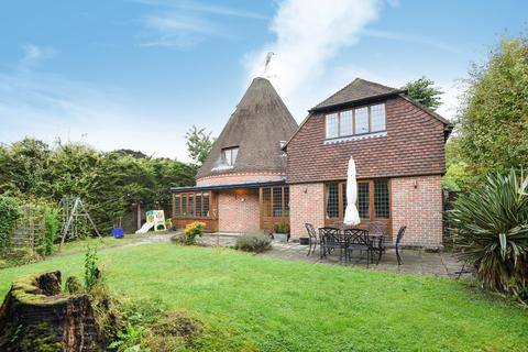 4 bedroom detached house to rent - St. Georges Road Bromley BR1
