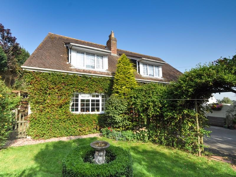 4 Bedrooms Barn Conversion Character Property for sale in High Street, Spetisbury, Blandford Forum