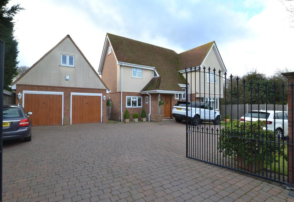 5 Bedrooms Detached House for sale in London Road, Billericay, Essex, CM12