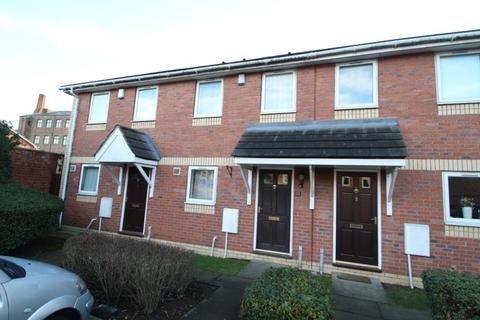 2 bedroom terraced house to rent - BARBICAN MEWS, YORK, YO10 5BZ