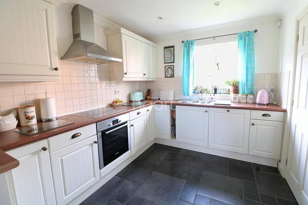 2 Bedrooms Detached House for sale in The Cuckstools, Sutton-on-Trent