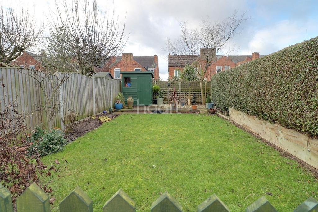 4 Bedrooms Semi Detached House for sale in Lime Grove, Stapleford
