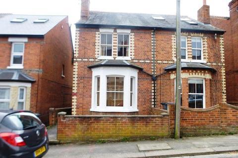 3 bedroom semi-detached house to rent - Beecham Road, Tilehurst