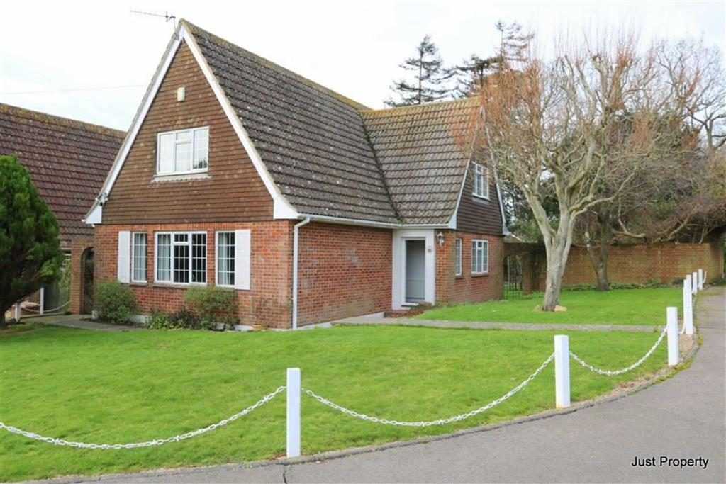 4 Bedrooms Detached House for sale in Foxcote, St Leonards On Sea