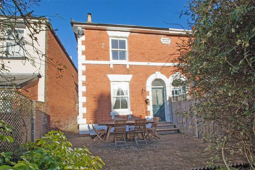 3 Bedrooms Semi Detached House for sale in Park Street, Hereford