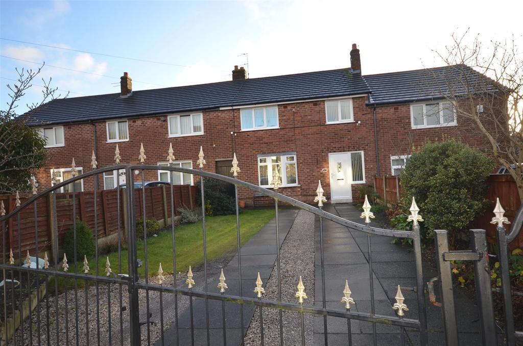 3 Bedrooms Terraced House for sale in Pennine Drive, St. Helens