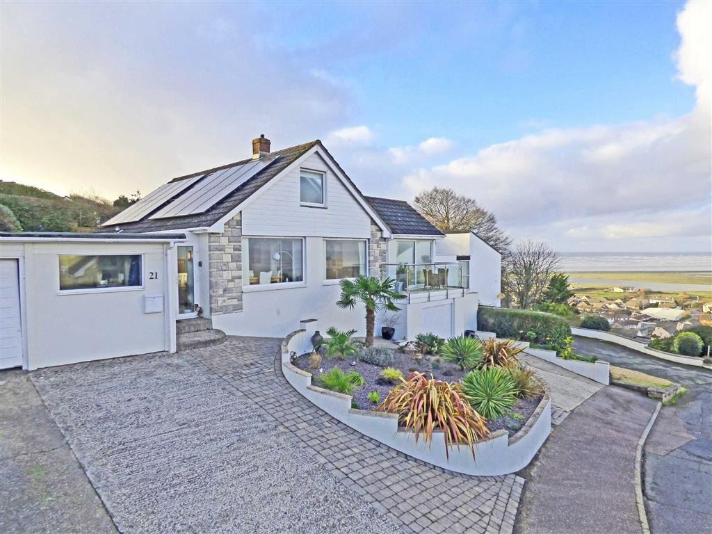3 Bedrooms Bungalow for sale in Lundy View, Northam, Bideford, Devon, EX39