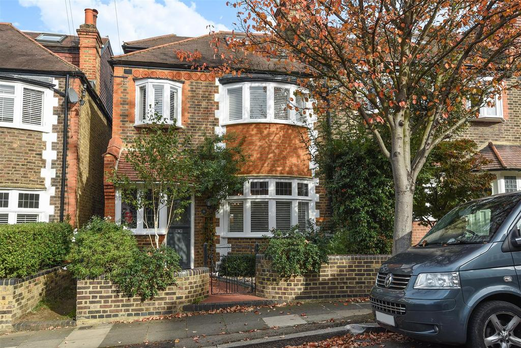 4 Bedrooms House for sale in Observatory Road, London