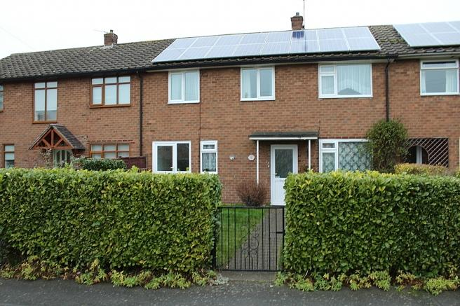 3 Bedrooms Terraced House for sale in 26 Sandiford Crescent, Newport, Shropshire, TF10 7QR