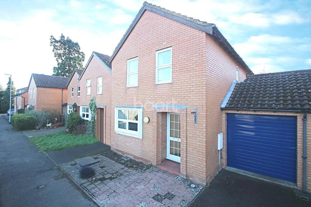 3 Bedrooms Detached House for sale in Vicarage Close, Waterbeach