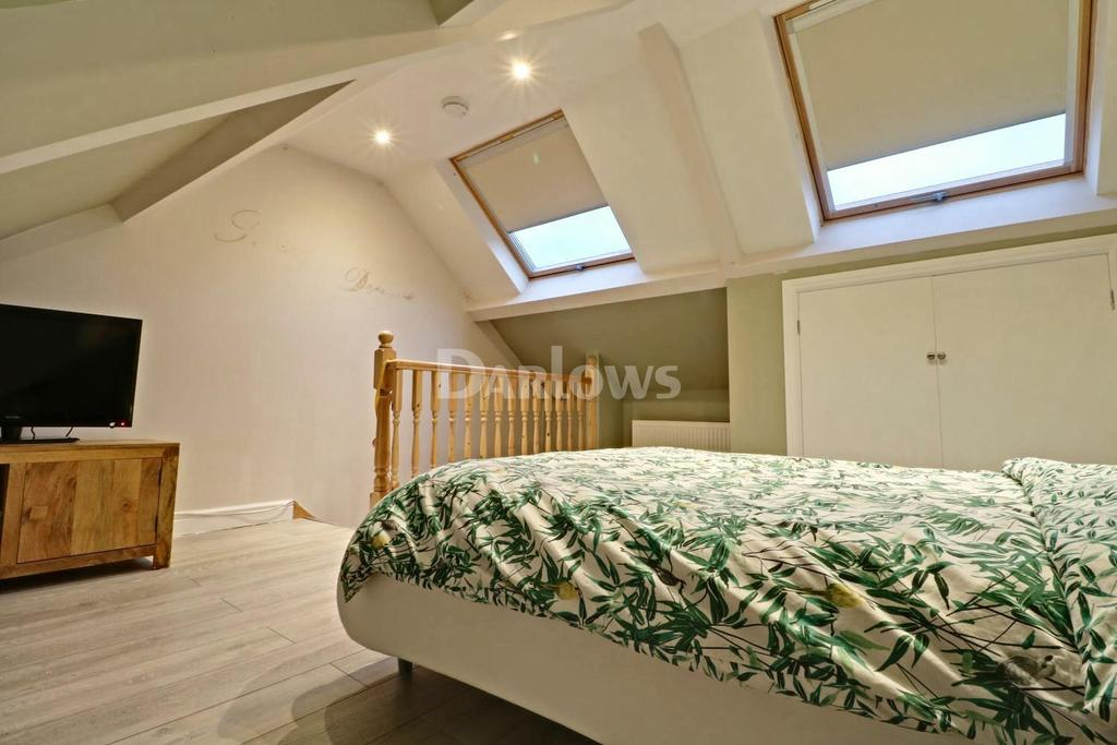 3 Bedrooms Terraced House for sale in Shady Rd, Gelli