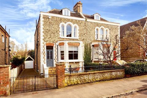 4 bedroom semi-detached house for sale - Holmesdale Road, Sevenoaks, Kent, TN13