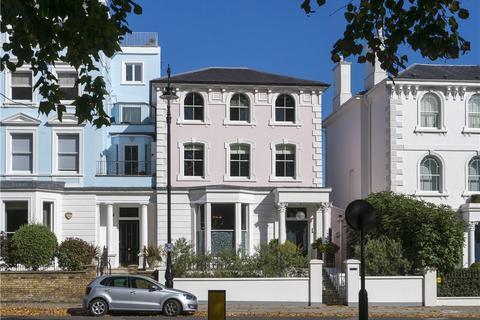 4 bedroom semi-detached house for sale - Regents Park Road, Primrose Hill, London, NW1