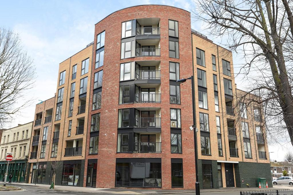 3 Bedrooms Flat for sale in Rye Lane, Peckham