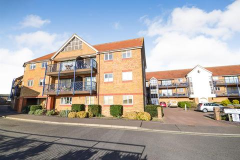2 bedroom apartment for sale - Belvedere Road, Burnham-on-Crouch