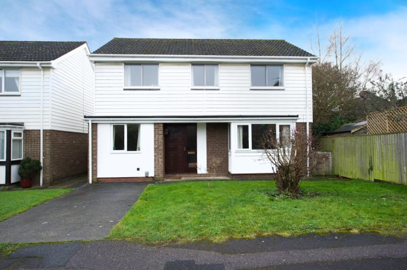 4 Bedrooms Detached House for sale in Warwick Close, Abingdon