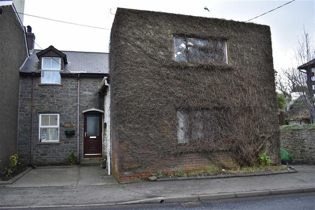 2 Bedrooms Cottage House for sale in Bridge Street, Llanon, Ceredigion