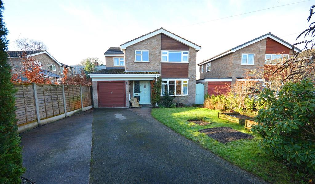 3 Bedrooms Detached House for sale in Sandbach