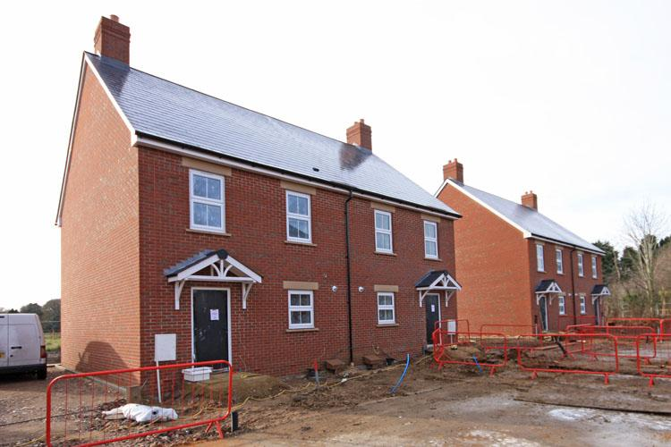 3 Bedrooms Semi Detached House for sale in Hordle Lane, Hordle, Lymington SO41