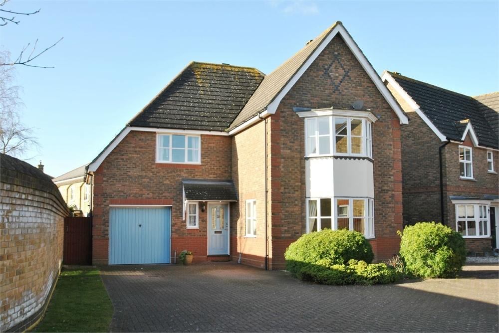 4 Bedrooms Detached House for sale in Alverton Close, Great Notley, Braintree, Essex