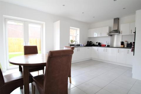 4 bedroom detached house for sale - NOBLE CRESCENT, WETHERBY, LS22 7DU