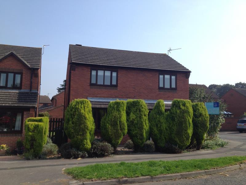 4 Bedrooms Detached House for sale in GLEBE FIELD DRIVE, WETHERBY, LS22 6WG