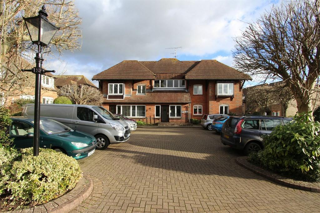 1 Bedroom Retirement Property for sale in Penns Court, Horsham Road, Steyning, West Sussex