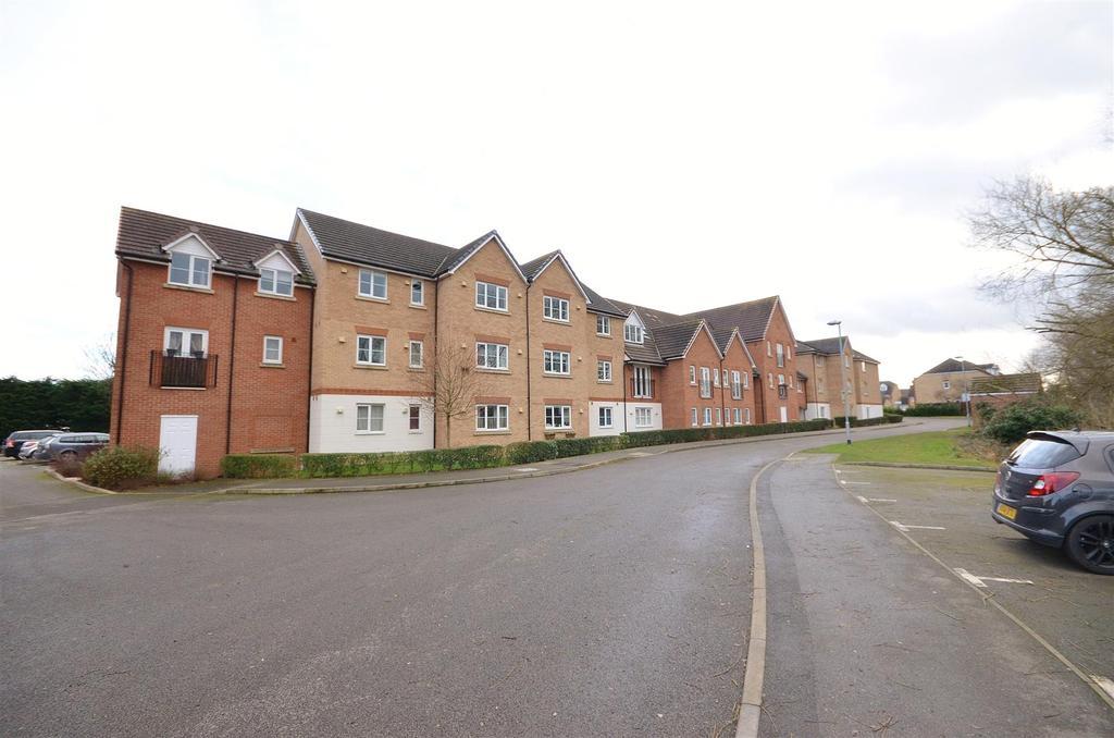 2 Bedrooms Apartment Flat for rent in Monarch Way. Leighton Buzzard