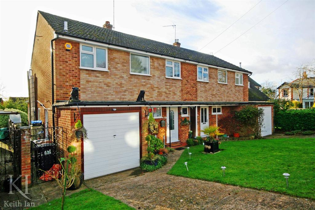3 Bedrooms Semi Detached House for sale in Winton Road, Ware
