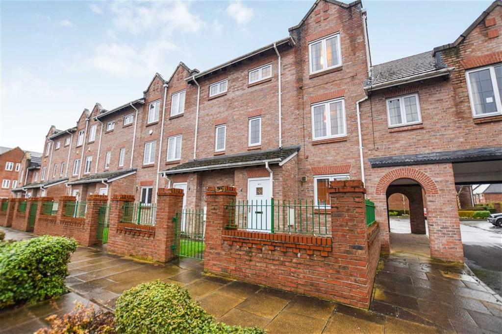 3 Bedrooms Town House for sale in Great Oak Drive, Altrincham, Cheshire, WA15