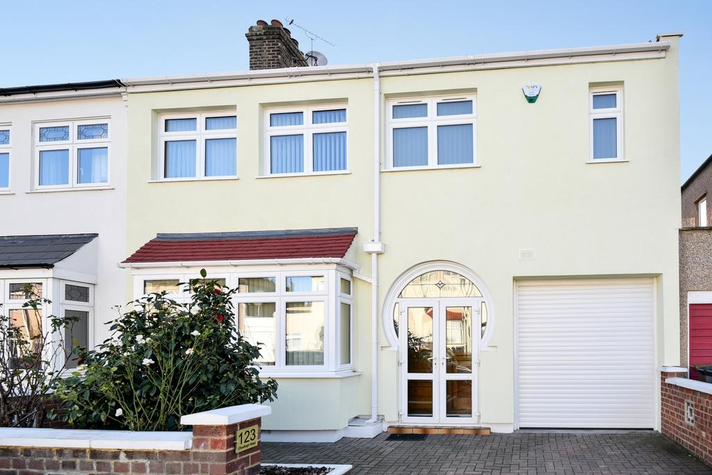 4 Bedrooms Semi Detached House for sale in Chudleigh Road Brockley SE4