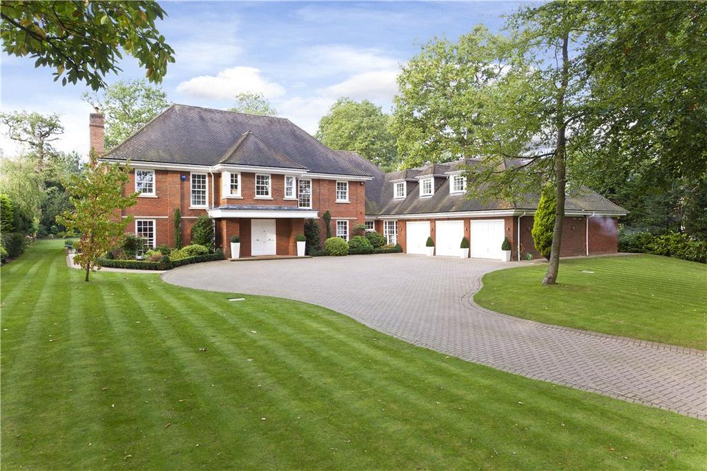 6 Bedrooms Detached House for sale in Broomfield Ride, Oxshott, Surrey, KT22