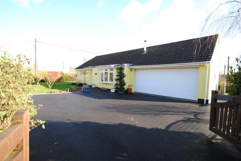3 bedroom detached bungalow for sale - Rye Park, Beaford
