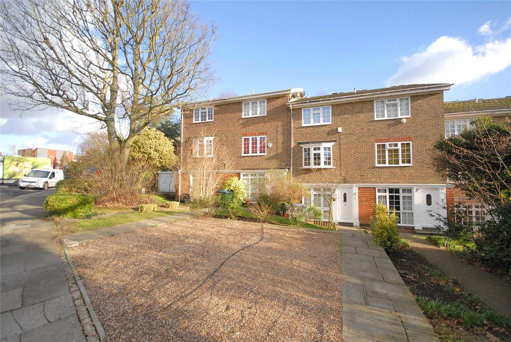 3 Bedrooms Terraced House for sale in Kenilworth Gardens, Shooters Hill, London, SE18