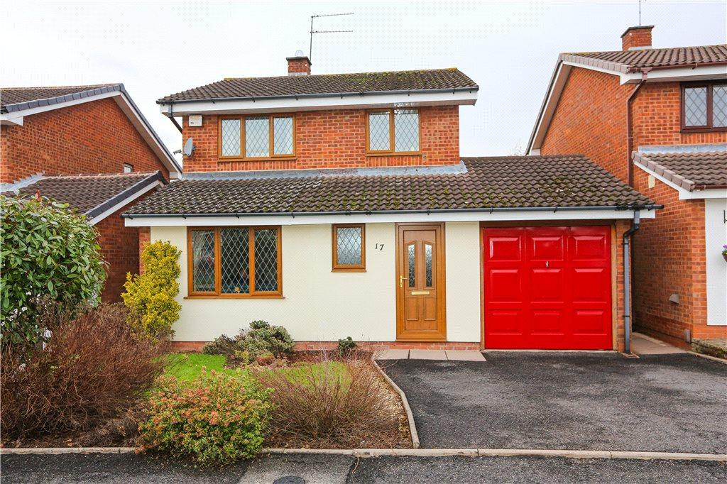 3 Bedrooms Detached House for sale in Hartlebury Close, Church Hill North, Redditch, Worcestershire, B98