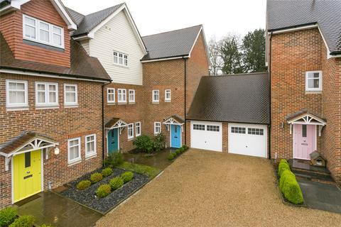 4 bedroom terraced house for sale - Oakhurst Park Gardens, Hildenborough, Sevenoaks, Kent