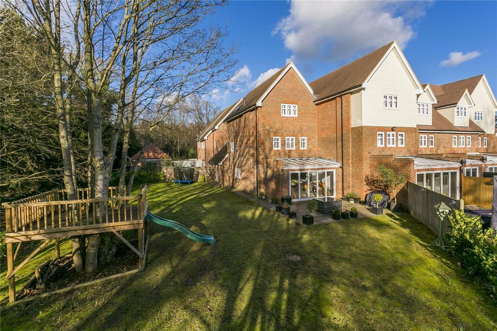 4 Bedrooms Terraced House for sale in Oakhurst Park Gardens, Hildenborough, Sevenoaks, Kent