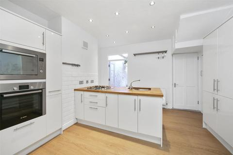 4 bedroom terraced house to rent - College Approach, Greenwich, London, SE10
